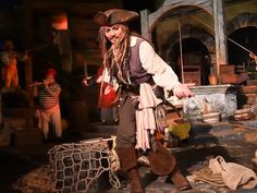 Johnny Depp gave Disneyland fans a HUGE surprise when he showed up on the Pirates of the Caribbean ride.