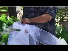 Wedding Ceremony Decorations : Making Pew Bows – Beauty and Fashion Tips and Ideas Pew Decorations, Church Wedding Decorations, Deco Mesh Bows, Wedding Pews, Wedding Church, Fancy Bows, Pew Bows, Tulle Bows, Diy Bow