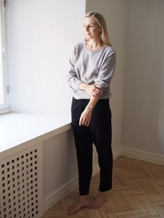 Arela Laine cashmere sweater and Mille merino trousers in Hanna G. Photo by Anne Kantola