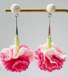 Crochet accessories 599541769121319481 - Tuto boucles d'oreilles au crochet Source by tricotetcouture Crochet Jewelry Patterns, Crochet Earrings Pattern, Crochet Motifs, Crochet Flower Patterns, Thread Crochet, Love Crochet, Crochet Gifts, Crochet Accessories, Irish Crochet