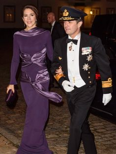 Crown Prince Frederik and Crown Princess Mary attend the Haederstegnsmiddag gala for the Navy officers at Fredensborg Castle on January 29, 2016.