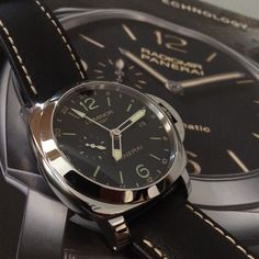 Looking for a helpful travelling companion? The Panerai Luminor GMT