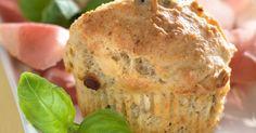 Muffins med oliven og fetaost