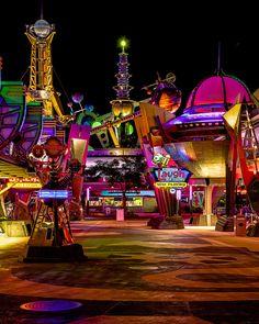 Tomorrowland, Magic Kingdom at Walt Disney World, Orlando, Florida. Disney World Resorts, Disney Vacations, Disney Trips, Disney Parks, Walt Disney World, Orlando Disney, Disney Couples, Vacation Travel, Family Vacations