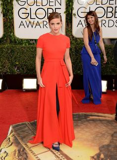 'Golden Globes 2014′ Emma Watson.   Ángel Guardián de la Moda. http://angelguardiandelamoda.wordpress.com/2014/01/14/golden-globes-2014%E2%80%B2-emma-watson/