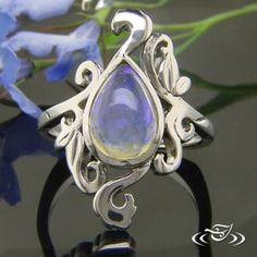 http://www.greenlakejewelry.com/gallery/gallery.aspx?p=1