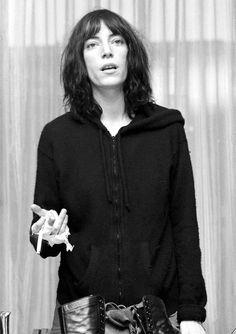 """Patti Smith en 1976. """"Just Kids, l'autobiographie devenue culte"""" A LIRE sur Telerama.fr"""