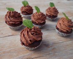 ChocMuffiny Gluten, Ale, Breakfast, Desserts, Cupcakes, Food, Cookies, Morning Coffee, Tailgate Desserts