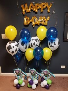 Toy story themed balloons Bethsspecialty@gmail.com Toy Story Party, Toy Story Birthday, 2nd Birthday, Balloon Centerpieces, Balloon Decorations, Woody, Buzz Lightyear, Balloon Bouquet, Balloons