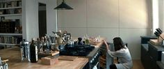 all post photos from same source Have you ever seen the film Last Night with Keira Knightley and Guillaume Canet? Open Kitchen And Living Room, Kitchen Dinning, Dining, Last Night Movie, New York Movie, Cozy Restaurant, Home Tv, Coffee Staining, Keira Knightley