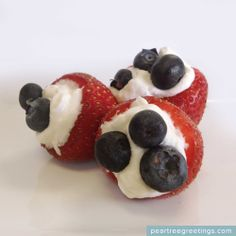 4th of July Food Ideas: Filled Strawberries #partyideas #foodideas #peartreegreetings
