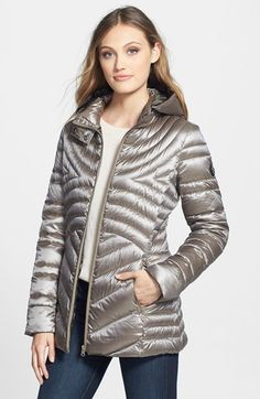 Free shipping and returns on Bernardo Iridescent Hooded Packable Down Jacket (Regular & Petite) at Nordstrom.com. Cut and quilted to accentuate your shape, a mid-length down jacket with a shimmery shell is topped with a plush hood for extra weather protection. The technically innovative blend of 90% goose down and 10% feathers easily compresses for packing.