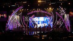 Atomic Pinwheels at the 2013 Miss USA Contest