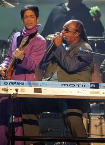 Seven Times Prince Proved Why He Is One of the Greatest of All-Time: June 27, 2006 - Tribute to Chaka Khan at BET Awards