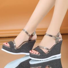 Women Girls Fashion Sandal 11 Cm High Heel Sandals Sweet Platform Shoes Thick Bottom Wedge Sandals Black Wedges Espadrilles From First_outstanding Fashion Sandals, Fashion Boots, Sneakers Fashion, Shoes Heels Wedges, Sneaker Heels, Wedge Sandals, Sneakers Mode, Stylish Sandals, Pretty Shoes