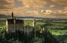 Fotografía de hola.com. El Castillo de Neuschwanstein en Baviera, uno de los más visitados de Alemania.