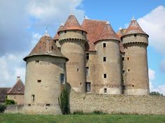 CHATEAU DE SARZAY, France: is a 14th-century castle with 38 towers & three drawbridges. It was built for a family of knights who ingratiated themselves with their betters in the Hundred Years War. In 1360, the lord of Sarzy fought the English outside the nearby town of La Châtre, before looting the town. The castle was purchased in 1982 by Richard Hurbain for 790,000 francs. Hurbain restored the moats, rebuilt halls in the medieval style, & restored outbuildings as holiday accommodations.