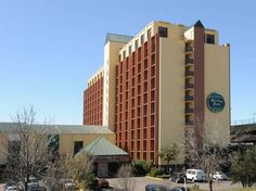 Dallas (TX) Sterling Hotel United States, North America Sterling Hotel is conveniently located in the popular Stemmons Corridor area. The hotel offers a wide range of amenities and perks to ensure you have a great time. Service-minded staff will welcome and guide you at the Sterling Hotel. Relax in your comfortable guestroom, featuring non smoking rooms. Enjoy the hotel's recreational facilities, including fitness center, outdoor pool, games room, garden, jacuzzi, before retir...