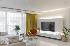 스웨그 넘치는 가족의_남양주 별내 효성 헤링턴코트 35평형 아파트 인테리어 [옐로플라스틱/yellowplastic/옐로우플라스틱] : 네이버 블로그 Living Room Tv Unit Designs, White Interior Design, Inspiration, Wall Tv, Korean Style, Home Decor, Inspire, Houses, Living Room Tv