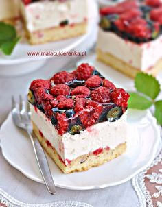 Delicious Desserts, Dessert Recipes, I Want To Eat, Vanilla Cake, Baked Goods, Cheesecake, Good Food, Food And Drink, Tasty