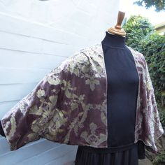 Versailles - Antique Mauve and Gold Kimono Wrap - 1930s Style Glamour in printed Velvet by lyndell on Etsy