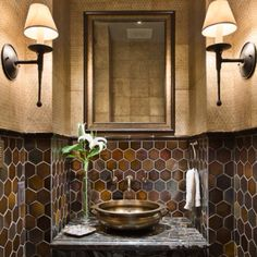 The tile, textured walls, marble sink - unexpectedly like this combo.