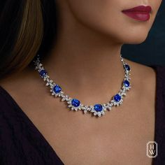 Vivid blue sapphires paired with diamonds necklace in a regal high jewelry from Harry Winston. Diamond Necklace Set, Sapphire Necklace, Sapphire Jewelry, Diamond Pendant Necklace, Stone Necklace, Stone Jewelry, Sapphire Diamond, Diana, Pretty Necklaces