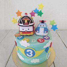 Robocar Poli Theme Cake   #ihavesweettooth #buttericingcake #robocarpolicake
