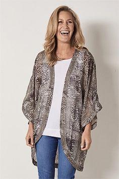New In Clothing & Apparel Blazer Fashion, Kimono Fashion, Collarless Leather Jacket, Jackets For Women, Women's Jackets, Chiffon Kimono, Linen Blazer, Illusion, Travel Wardrobe