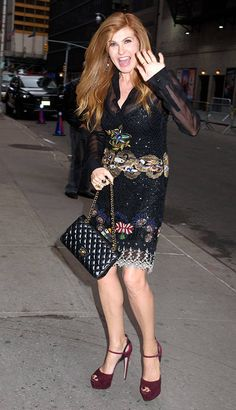 Connie Britton from The Big Picture: Today's Hot Photos The Nashville star waves hello to fans as she arrives to the Late Show with Stephen Colbert Show in New York City. Nashville Cast, Connie Britton, Queen Hair, Types Of Women, Iconic Women, Celebs, Celebrities, Big Picture, Hottest Photos