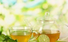 Tè verde: proprietà, benefici e controindicazioni - Quali sono le proprietà, i benefici e le controindicazioni del tè verde? Scopriamo di più in merito a questa preziosa bevanda.