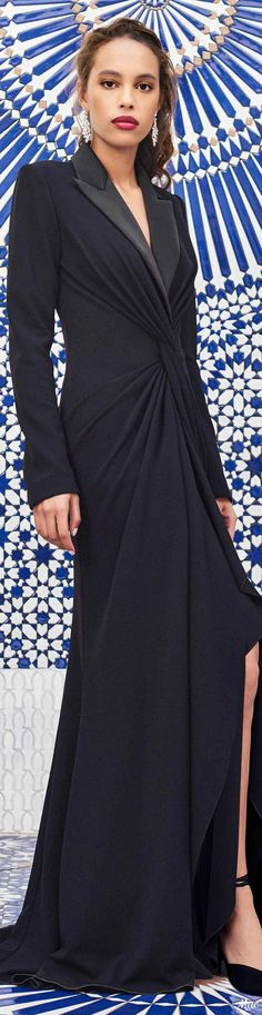 Pre-Fall 2020 Tadashi Shoji Tadashi Shoji, Fashion 2020, Fashion Brands, Playing Dress Up, Formal Wear, Flare Dress, Evening Gowns, Party Dress, Autumn Fashion