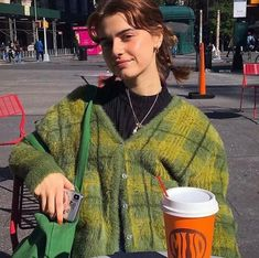 Winter Green Vintage Plaid V-Neck Knit Cardigan Sweater – ebuytrends Indie Outfits, Cool Outfits, Fashion Outfits, Style Fashion, Teen Style, Style Me, Sweatshirt Outfit, Hoodie, Foto Pose