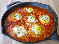Shakshuka - Recipe for delicious Middle Eastern egg dish inspired by Dr. Shakshuka restaurant in Israel. Comida Israeli, Israeli Food, Middle Eastern Dishes, Middle Eastern Recipes, Vegetarian Recipes, Cooking Recipes, Healthy Recipes, Healthy Meals, Cooking Eggs