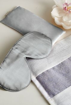 Whether traveling or searching for relaxation at home, the Canyon Ranch Silk Eye Pillow blocks unwanted light and soothes with the calming fragrance of lavender. Bustiers, Sleep Therapy, Good For Her, Bodysuit, Spa Design, Natural Sleep, Bedtime Routine, Just Relax, Sleep Mask