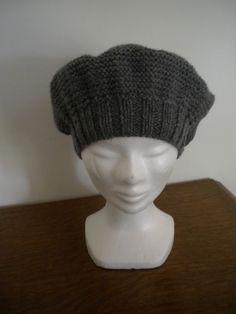 4ba103b8aaba Béret en laine femme tricoté main Béret Tricot, Tricot Chausson Bébé, Tricot  Et Crochet