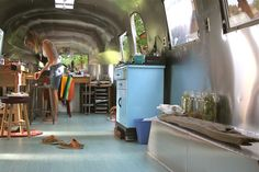 Back in my metalliferous nest. by The Noisy Plume, via Flickr The Noisy Plumes Most amazing Rolling studio!! Love!!!