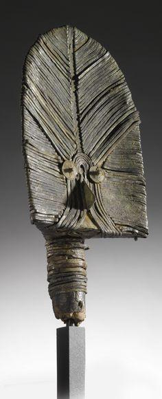 Kota Bwete (Reliquary Guardian Figure), Mahongwe, Gabon http://www.imodara.com/item/gabon-kota-bono-na-bwete-reliquary-guardian-figure-mahongwe/