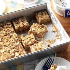 Tailgate Toffee Bars Recipe -Make a one-handed grab for this tender cake studded with toffee bits. Victory is extra sweet with a treat this good. Toffee Bars, Toffee Cookies, Yummy Cookies, Bar Cookies, Cookie Bars, Chocolate Cake Mixes, Chocolate Peanut Butter, Poke Cake Recipes, Dessert Recipes