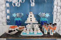 frozen themed birthday party | Frozen-Inspired Snowman Birthday Party Ideas