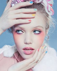 Makeup Glam makeup for date night Eye make-up is so pretty. 10 professional makeup tricks you need to know Spring inspired look used. Makeup Art, Beauty Makeup, Eye Makeup, Hair Makeup, Blush Makeup, Coral Makeup, Makeup Contouring, Makeup Brushes, Peach Makeup