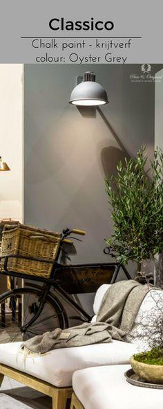 The colour Oyster Grey is a soft warm colour for you living room of bedroom.  Deze kleur grijs heeft een mooie warme zachte uitstraling. Perfect voor een heerlijke sfeer in de woonkamer of slaapkamer.