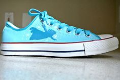 I'm in love with peter pan shoes right now Disney Shoes, Disney Outfits, Disney Clothes, Converse Style, Converse Shoes, Converse High, Crazy Shoes, Me Too Shoes, Peter Pan Shoes