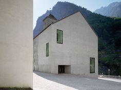 Stockalperturm Hotel,byDurre Linggi Architekten.Gondo,Switzerland 2006