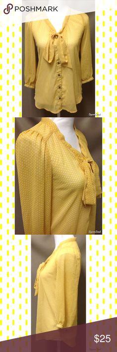 🌻 Yellow Polka Dot Top Size: XS. 100% Polyester. Xhilaration Tops
