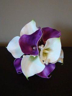 Purple & White Calla Lilly Bouquet by How Divine https://www.howdivine.com.au/store/product/purple-white-real-touch-calla-lily-bouquet