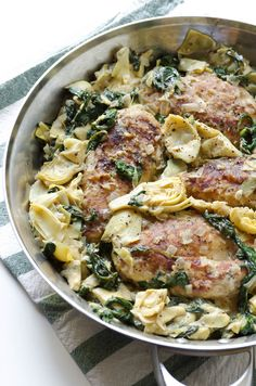 30 Minute One Skillet Spinach and Artichoke Chicken