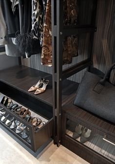 The Best Design An Organised Open Wardrobe Home Ideas Open Wardrobe, Wardrobe Storage, Bedroom Wardrobe, Wardrobe Closet, Closet Space, Closet Storage, Walk In Closet, Armoire Dressing, Dressing Room Closet