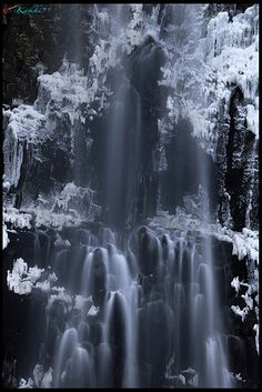 Tamadare Waterfall, Japan  exquisite photo!!!