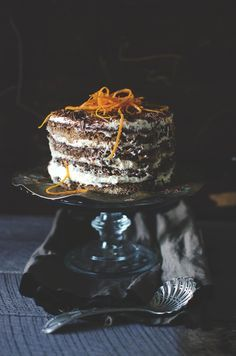 Jamie Oliver's tiramisu with melted chocolate and orange zest Gourmet Recipes, Sweet Recipes, Cake Recipes, Dessert Recipes, Dessert Ideas, Creative Desserts, Great Desserts, Jamie Oliver Tiramisu, Jamie Oliver Quick